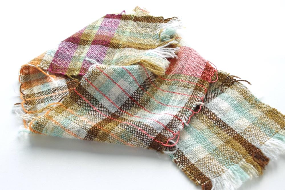 織り上がったサンプル