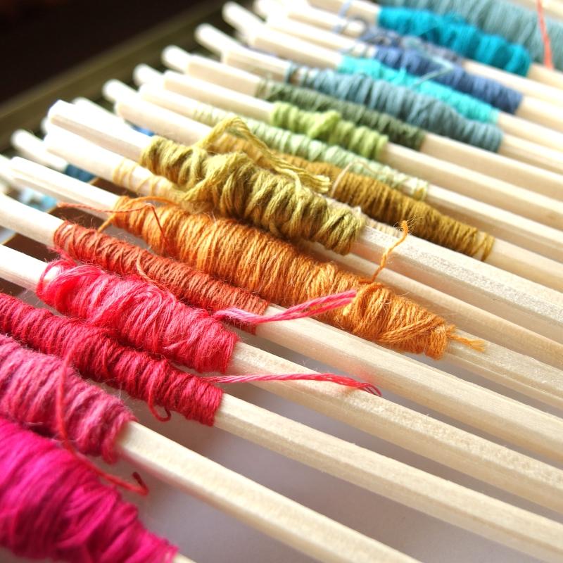 割り箸に巻いた毛糸
